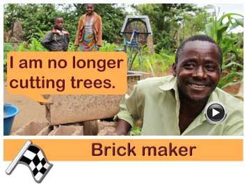 045 Brick maker, Thomas Phiri